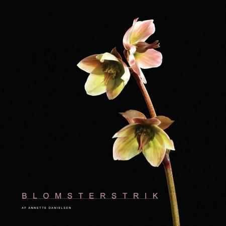 Blomsterstrik af Annette Danielsen