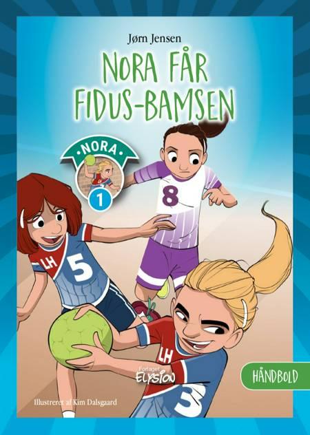 Nora får fidus-bamsen af Jørn Jensen