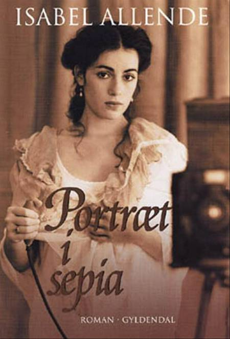 Portræt i sepia af Isabel Allende