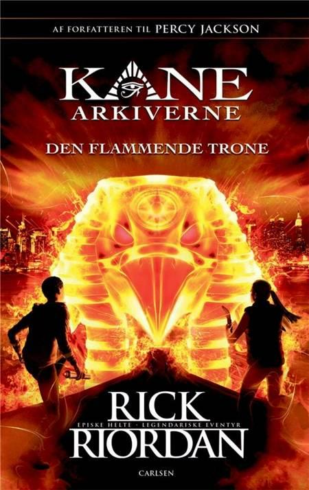 Den flammende trone af Rick Riordan