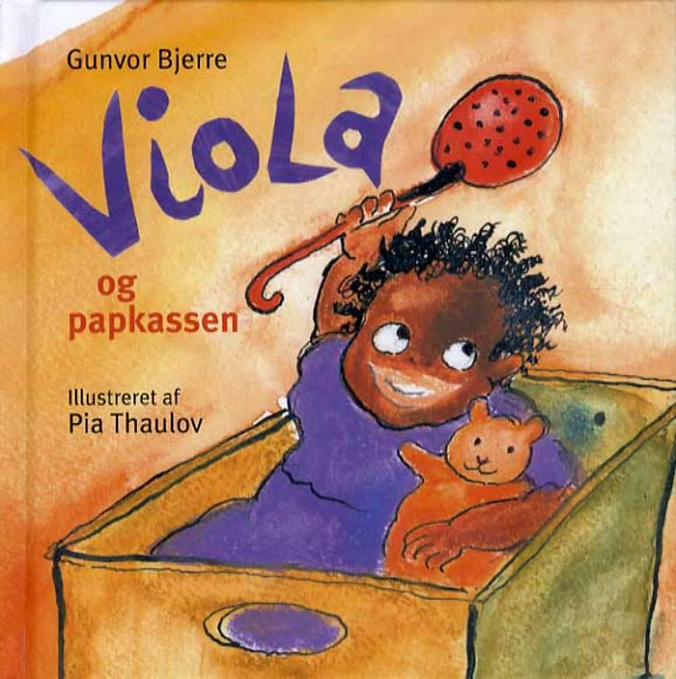 Viola og papkassen af Gunvor Bjerre