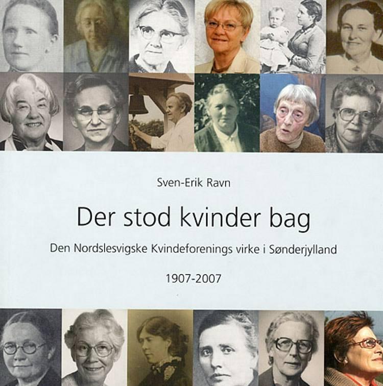 Der stod kvinder bag af Sven-Erik Ravn