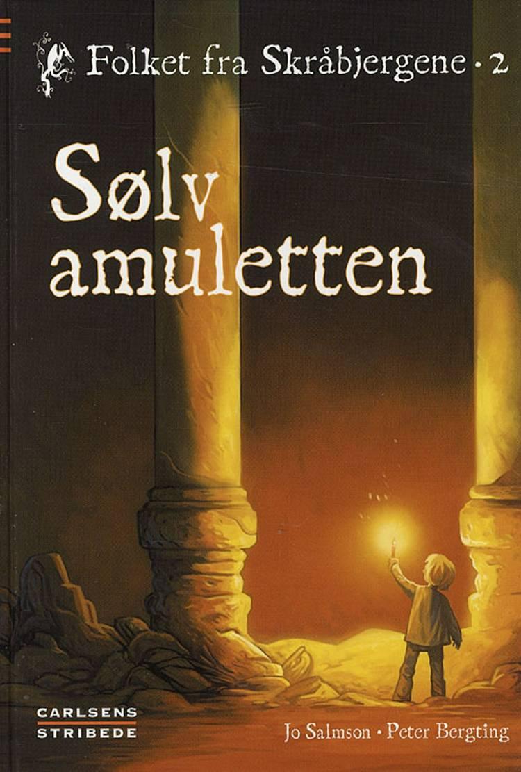 Sølvamuletten af Jo Salmson