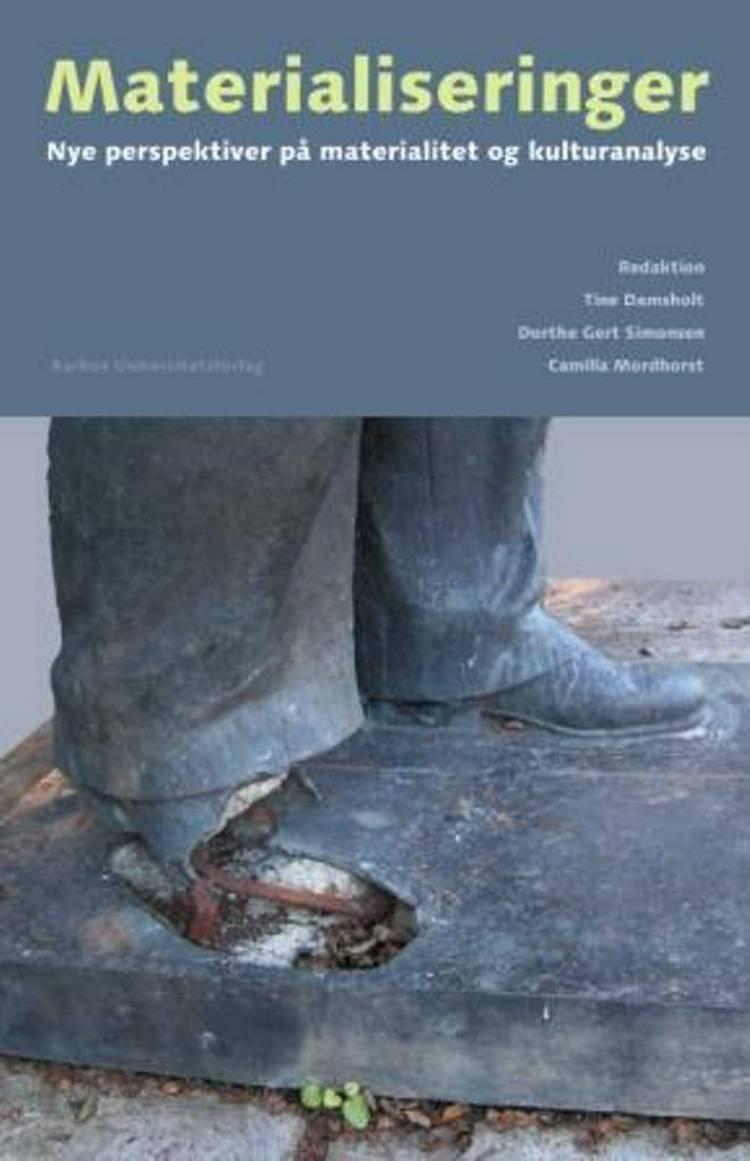 Materialiseringer af Tine Damsholt, Dorthe Gert Simonsen, Camilla Mordhorst og n a