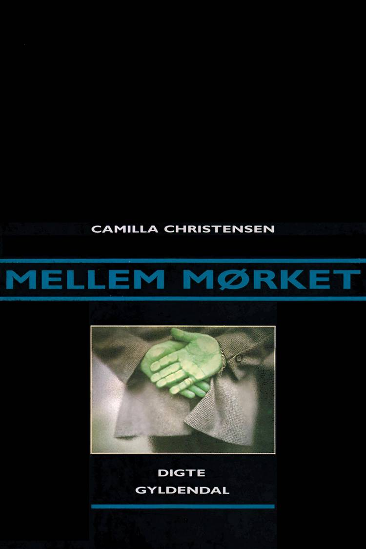 mellem mørket af Camilla Christensen