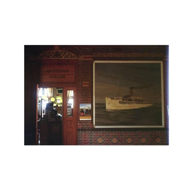 Holland billeder og Nattevagtens Douro af Jorge Braga og Agustina Bessa-Luís