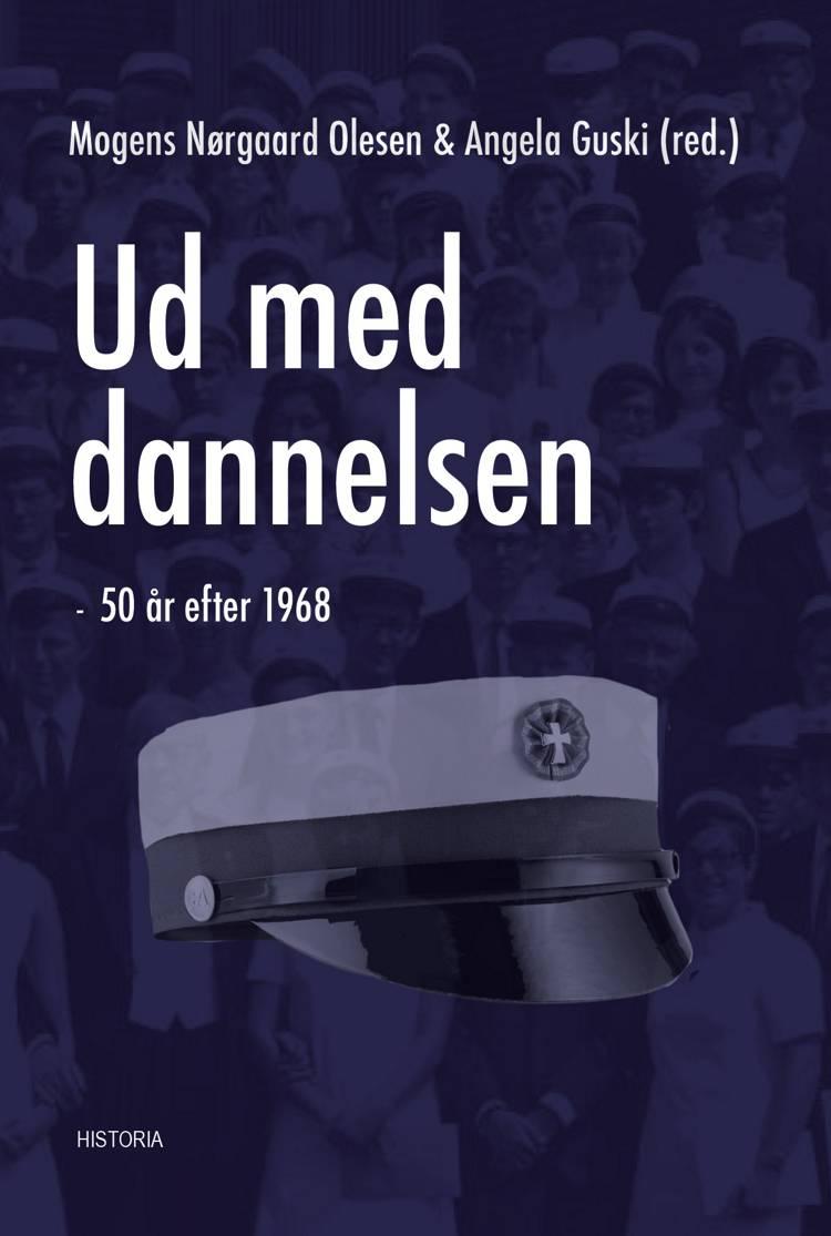 Ud med dannelsen af Angela Guski, Nina Lindved Clausen og Katarina Enoch Huusmann m.fl.