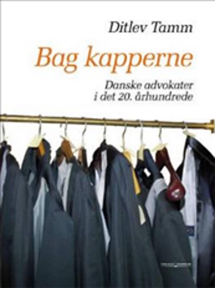 Bag kapperne af Ditlev Tamm