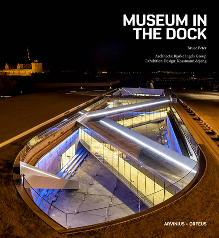 Museum in the Dock af Peter Bruce