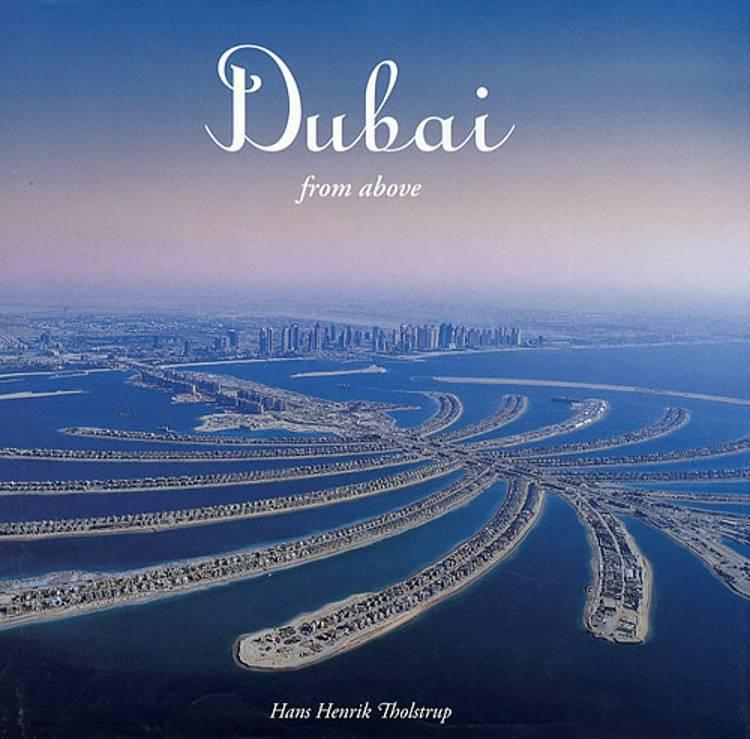Dubai from above af Hans Henrik Tholstrup