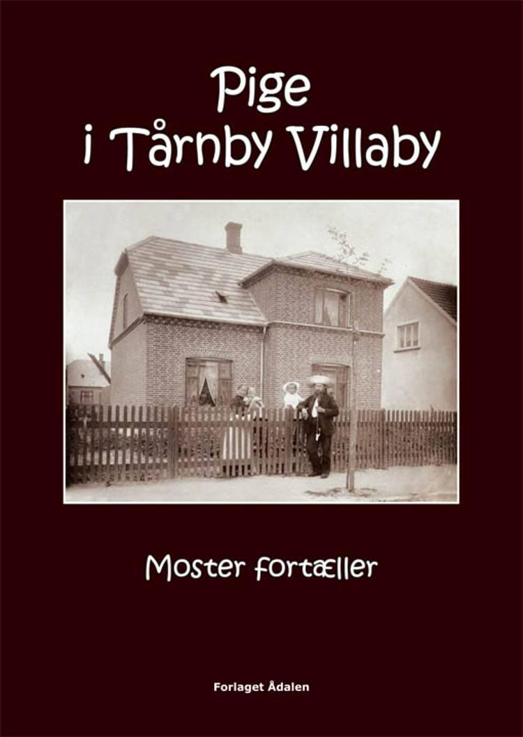 Pige i Tårnby Villaby af Johnna Kollenberg Baggers