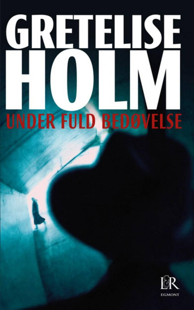 Under fuld bedøvelse af Gretelise Holm
